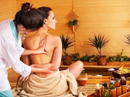 El masaje tailandés activa la irrigación sanguínea.