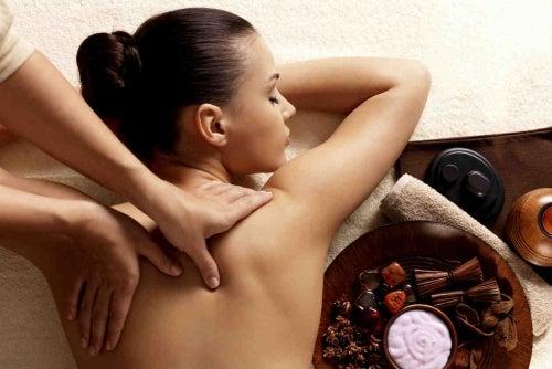 Cómo dar masajes relajantes
