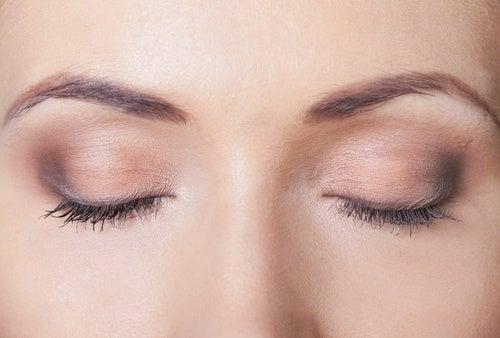 Incrementa el movimiento de los ojos