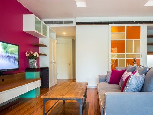 Rodéate-de-energía-positiva-con-colores-y-esencias-florales.