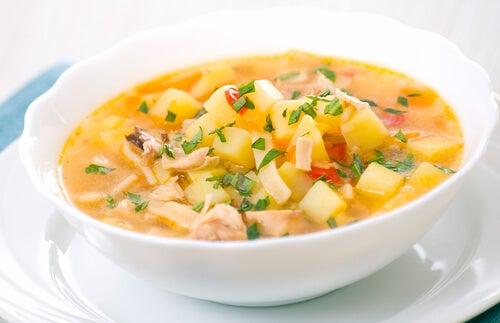 Cómo preparar sopas más saludables