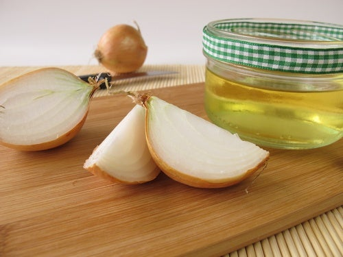 Tratamiento con jugo de cebolla para el cabello
