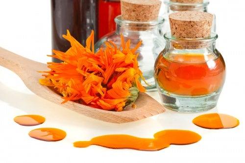 aceite- caléndula para las hemorroides