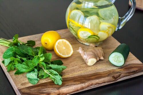 ¿Cómo preparar agua de pepino?