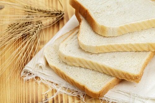 5 alimentos perjudiciales que incluyes en tu dieta regular