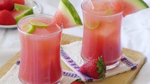 licuado fresa sandia y limón