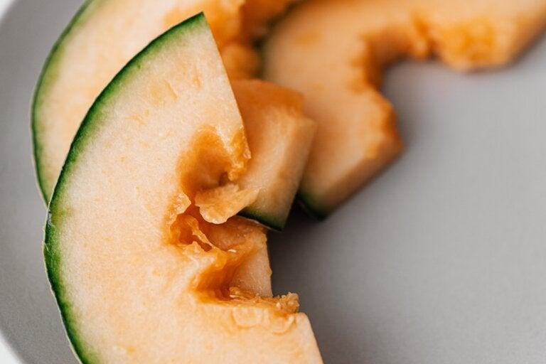 8 alimentos y plantas para evitar la aparición temprana de arrugas