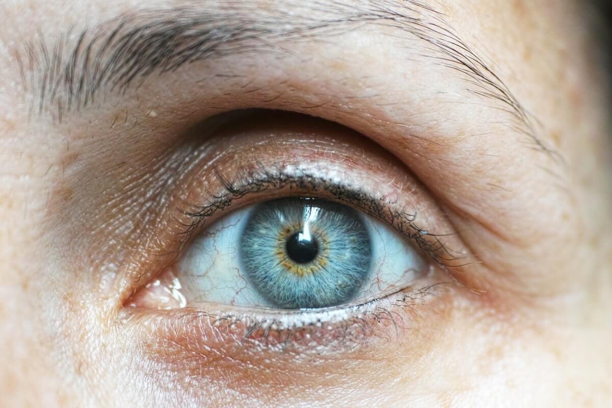 ¿Por qué tenemos derrames oculares?