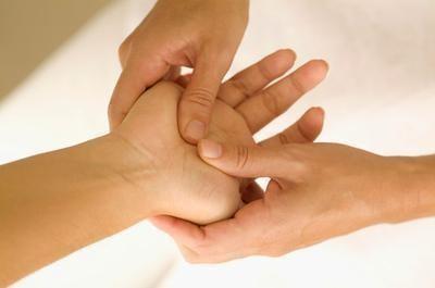 puntos de presión en la mano 2
