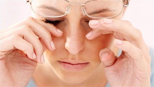 los síntomas del ojo seco