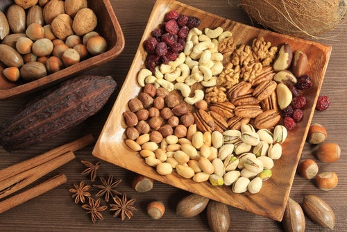 frutos secos para aliviar el estreñimiento