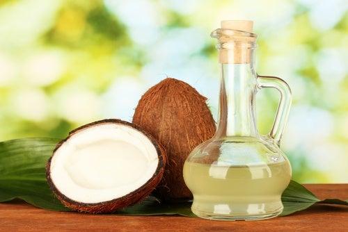 Aceite de coco para hacer jabón casero