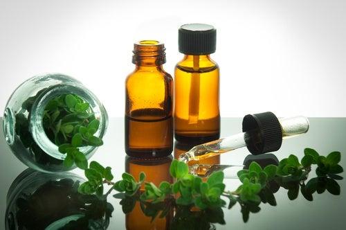 El aceite de orégano ayuda a combatir los patógenos y a prevenir y eliminar las verrugas.