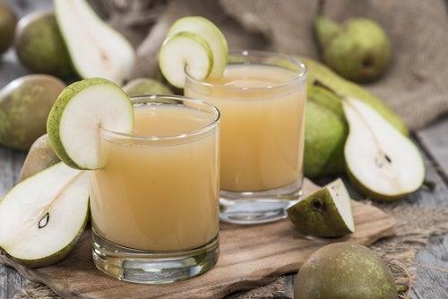 Cómo preparar agua de pera