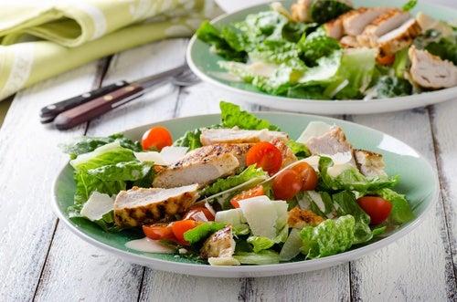 Dividir las comidas en varias porciones