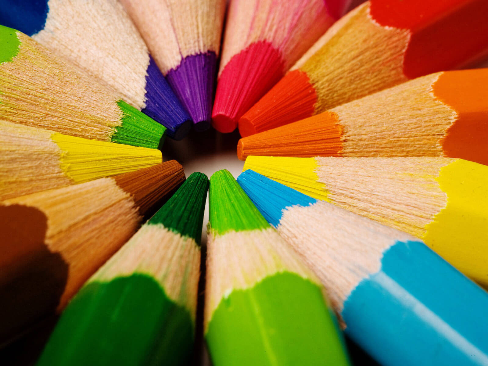 Puntas de lapices de colores