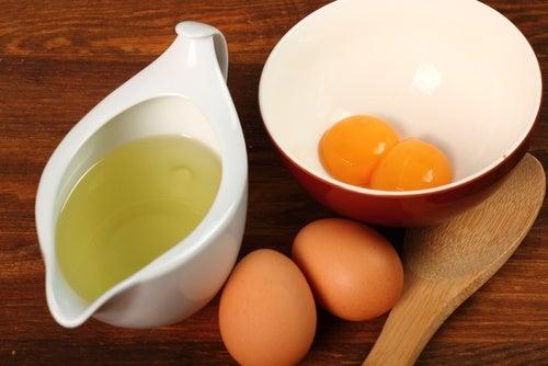 Mascarilla de huevo y vinagre