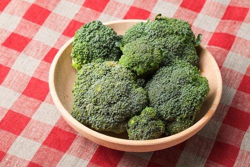 El-brócoli-contiene-colina-que-hace-crecer-las-celulas-cerebrales