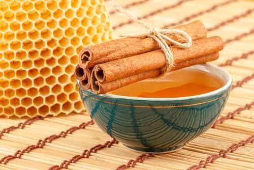Remedio de miel y canela