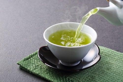 Remedio de té verde para mejorar la conectividad neuronal