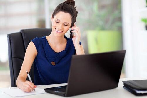 """Baja laboral de 3 días por """"menstruación dolorosa"""": ¿estarías de acuerdo?"""