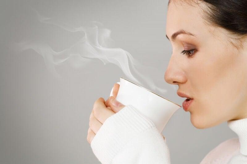 El té tiene propiedades beneficiosas para la salud.