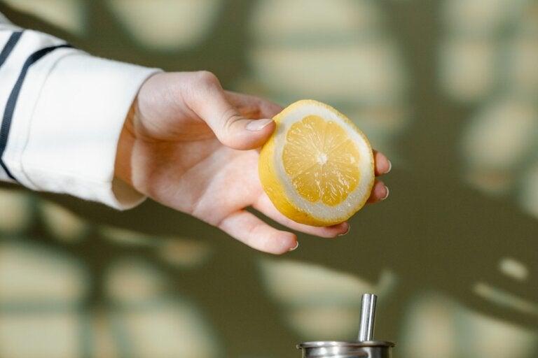 Terapia con limón para favorecer tu salud hepática