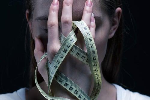 9 mitos comunes sobre los trastornos alimentarios