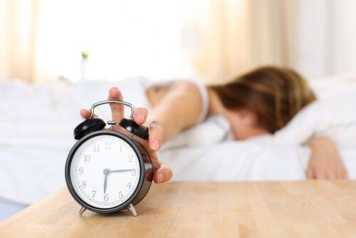 Desligue o despertador para dormir melhor sem esforço