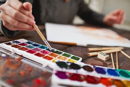 Colorear dibujos como terapia equilibrante