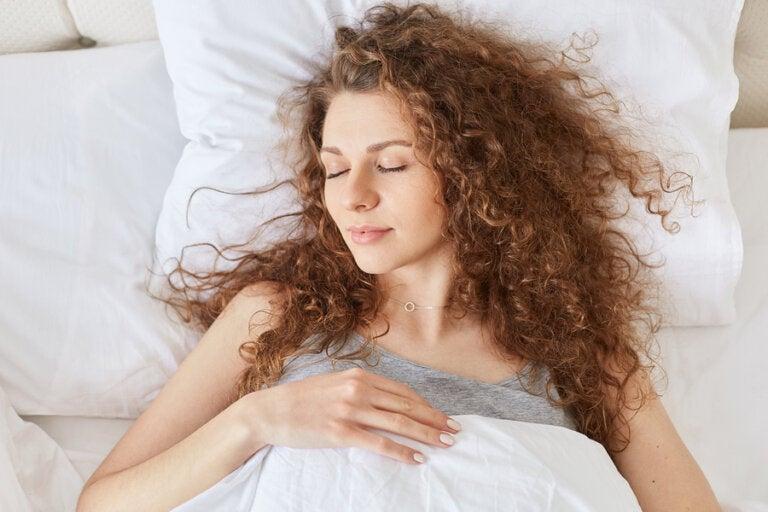 10 alimentos que te ayudan a dormir mejor