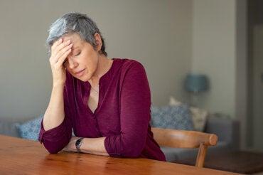 La menopausia precoz aumenta el riesgo de demencia