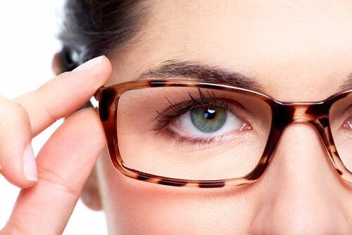 Prevenir la miopía con remedios naturales es posible