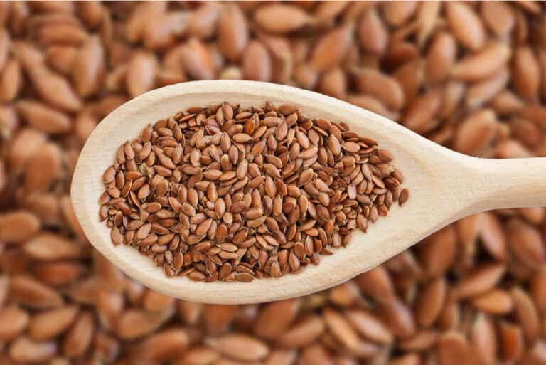 Agua de semillas de lino para combatir la celulitis y mejorar el estado de la piel