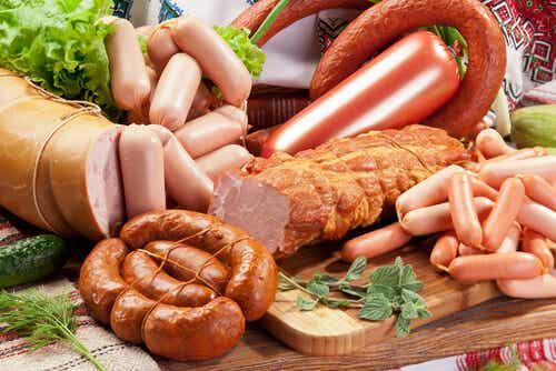 8 alimentos que debes reducir su consumo