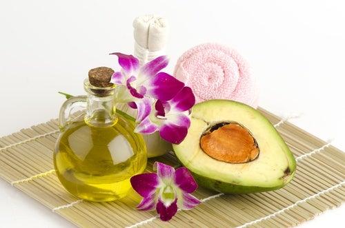 Mascarilla de aguacate y aceite de oliva