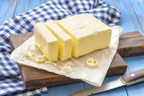 Mascarilla de mantequilla, vinagre y limón