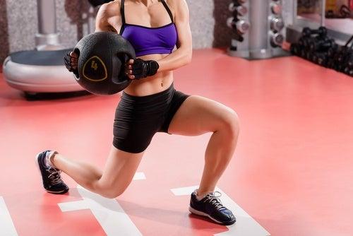 Realiza una rutina de ejercicios