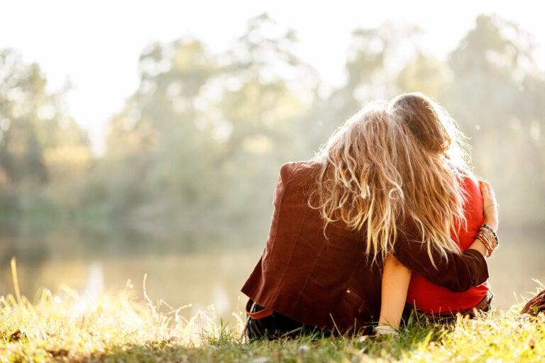 No existe mejor calmante que el abrazo que te rompe los miedos