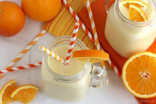 batido antiviral de naranja y yogur
