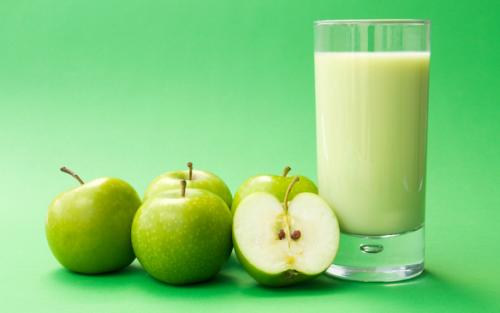 Jugo de manzana verde