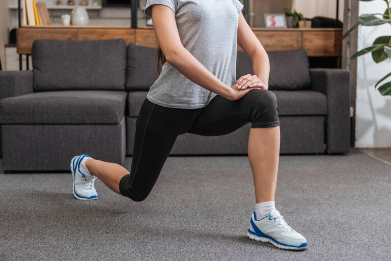 5 ejercicios para glúteos y piernas sin salir de casa