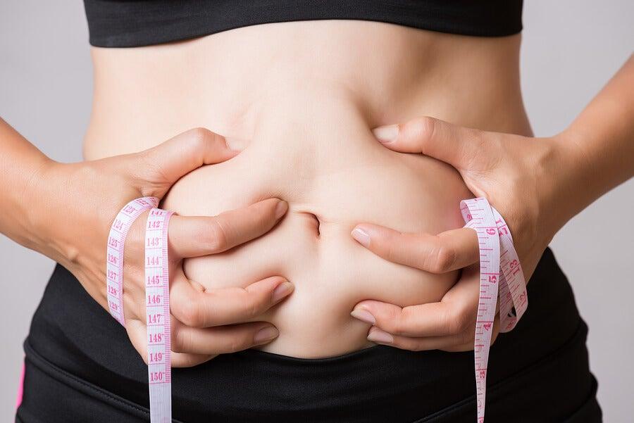 Dime dónde acumulas grasa y te diré a qué se debe - Mejor con Salud