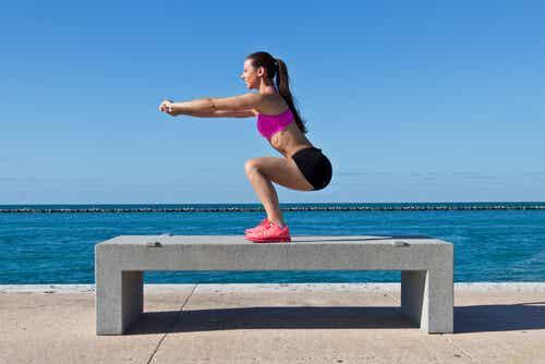 7 formas de hacer sentadillas para moldear y tonificar tu cuerpo
