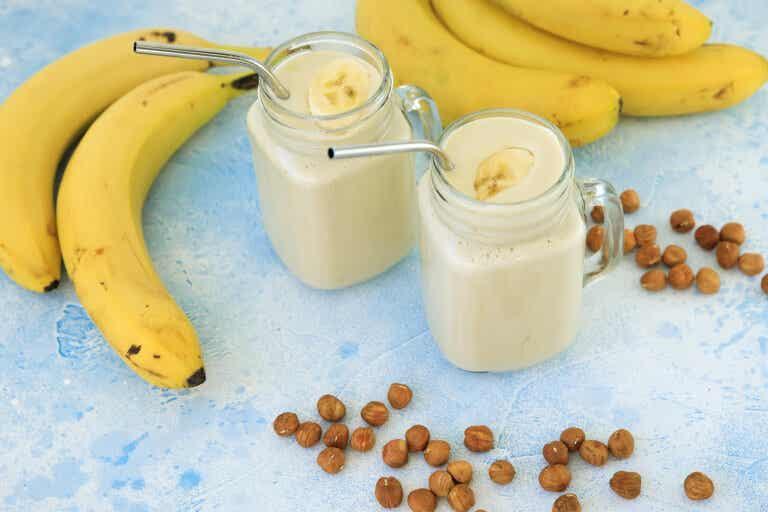 Delicioso smoothie de plátano que te ayudará a perder grasa abdominal
