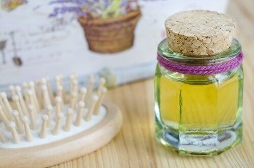 Beneficios del aceite de ricino para el cabello