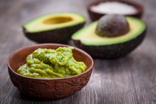 Hidrata tu piel de forma natural usando estos 7 alimentos de tu despensa