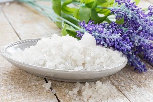 La sal marina para crear bolsitas aromáticas