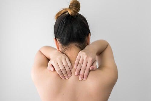 Fibromialgia dolor muscular en la espalda