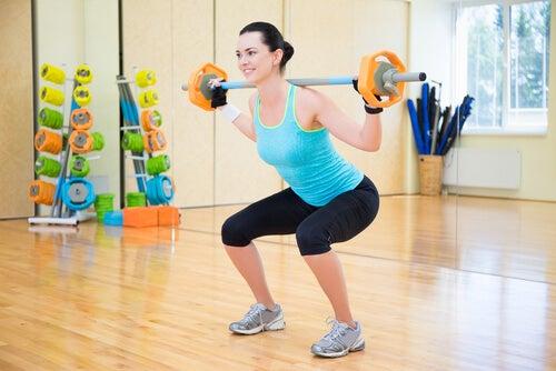 doing-squats